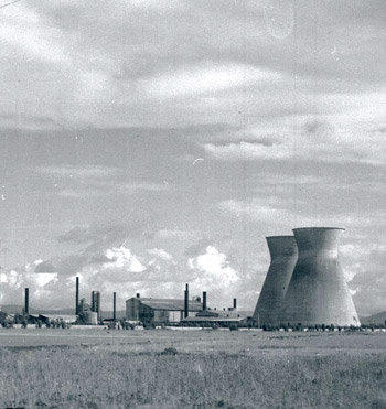 The industrial zone developing in the Haifa Bay (1948)