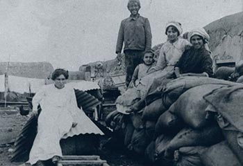 Romania-made dresses and Palestine-made sand bags: laborers at Merhavia (1911)